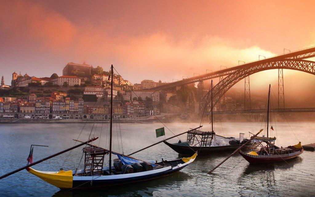 Екскурзии и почивки в Португалия